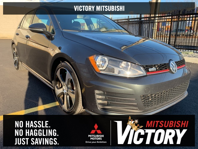 Pre-Owned 2017 Volkswagen Golf GTI S